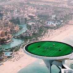 This #Wimbledon, we #TBT to @RogerFederer & Andre Agassi taking tennis to new heights.. Literally! @burjalarab