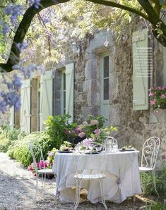Sofia 39 s provence on pinterest provence provence france and aix en provence - Cozy outdoor living spaces connecting mother nature ...