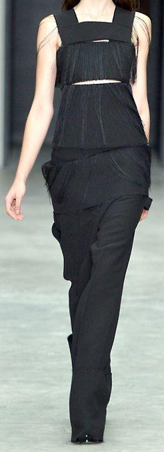 Fashion details | Comment: Threads. Calvin Klein.
