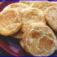 Amish country snicker doodles - I'm gonna try this recipe with butter in place of the margarine.