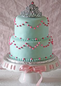 Sugar and spice and everything nice, that's what these beautiful birthday cakes for girls are made of.