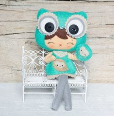 PDF. Owl girl with puppet. Plush Doll Pattern Softie by Noialand. {Pinned by @weememories}