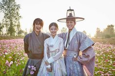 Park Bo Gum, Kim Yoo Jung and Kwak Dong Yeon, Moonlight Drawn By Clouds bts Kim Yoo Jung Park Bo Gum, Kdramas To Watch, Kim You Jung, Kwak Dong Yeon, Age Of Youth, Drama Tv Shows, Moonlight Drawn By Clouds, Happy End, Cute Romance