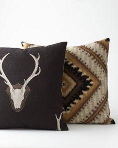 -4T35 Georgia Pillows