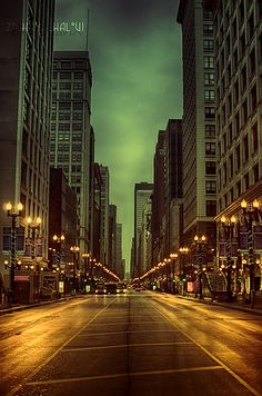 I stayed on State Street in Chicago for two weeks during my JHU seminar in Such a great location in the heart of the city! Chicago Travel, Chicago City, Chicago Illinois, Visit Chicago, Oh The Places You'll Go, Places To Travel, Places To Visit, Chicago Photography, Vintage Photography