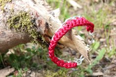 pulseira simples ... dá para fazer em varias cores! 5€