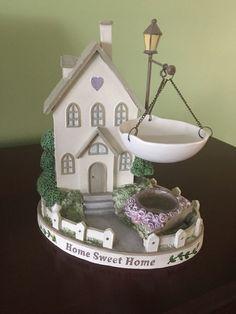 Yankee Candle Tart Wax Melt Warmer Collection Home Sweet Home. House #YankeeCandle