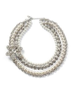 IN LOVE with this necklace!!!  White House | Black Market Glass Pearl Flower Brooch Necklace #whbm