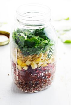Winter Rainbow Quinoa Salad - make ahead in Mason jars for easy, healthy lunches all week!