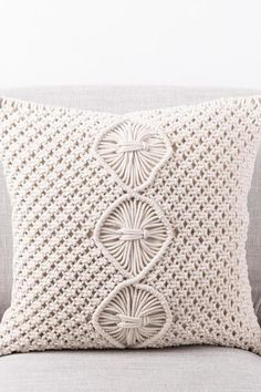 Flora Cowl Knitting pattern by… Start Writing, Cowl, Knitting Patterns, Flora, Wordpress, Throw Pillows, Diy, Cushions, Bricolage