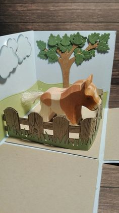 Explosionsbox to wrap a wooden toy horse Lawn Fawn, Wooden Toys, Stampin Up, Horses, Cash Gifts, Packaging, Birthday, Cards, Christmas