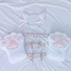 Different color for the chhoker and garters. Kitten Play Gear, Kitten Play Collar, Daddys Little, Daddys Girl, Neko Kawaii, Daddy Kitten, Daddy Aesthetic, Daddys Princess, Kawaii Accessories