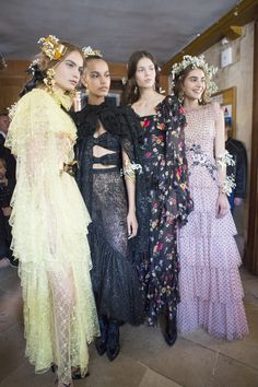 Rodarte Spring 2018 Fashion Show Backstage, Runway, Collections at TheImpression.com - Fashion news, street style, models, backstage, accessories, and more