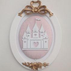 Trio de Quadros - Castelo, Carruagem e Coroa. Para o quarto de Princesa!!!