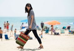 Beach look: an oversize striped tee, leggings, ultra flat sandals and a multicolor shopping. View the bag http://store-it.pennyblack.com/en/online-prod/bags/serra_5511193003  #pennyblack #shopping #multicolor #roomy #beach