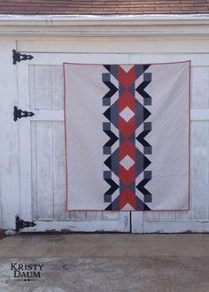 St. Louis Folk Victorian // POINT OF VIEW -- By Kristy Daum #modernquilt #negativespace
