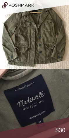 Madewell outbound field jacket Army style jacket from Madewell in a size medium. Lots of details like epaulettes, adjustable inner waist tie, and plenty of pockets. 98% cotton/2% elastane. Wasn't wearing enough so I hope someone else will! Let me know if you have questions, thanks! Madewell Jackets & Coats