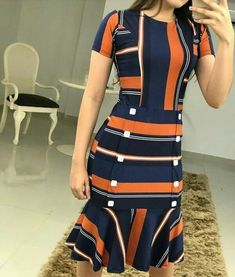 Image may contain: one or more people and people standing Simple Outfits, Classy Outfits, Simple Dresses, Casual Outfits, Fashion Outfits, Sunday Outfits, Beachwear Fashion, Looks Chic, African Wear