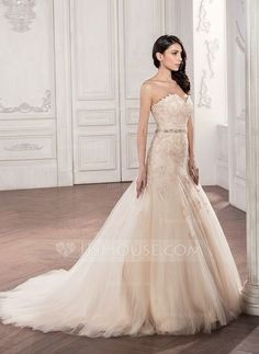 [US$ 268.99] Trumpet/Mermaid Sweetheart Chapel Train Tulle Lace Wedding Dress With Beading Sequins
