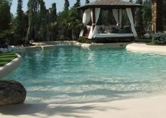 We must try this private beach-swimming pool at home! Luxury Swimming Pools, Luxury Pools, Dream Pools, Swimming Pool Designs, Pool Sand, My Pool, Beach Entry Pool, Beach Pool, Stock Tank Pool