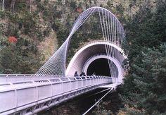 Miho Museum Bridge, Shiagraki, Japan - Architect I. Miho Museum, Beautiful Buildings, Building Design, Bridges, Travel Destinations, Trail, Japan, Minho, Architecture