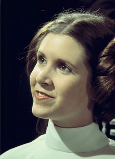 Carrie Fisher's most iconic film role, as Princess Leia in Star Wars. Princess Leia Outfit, Princess Leia Quotes, Princess Leia Buns, Jedi Princess, Olivia De Havilland, Carrie Frances Fisher, Leia Costume, Costumes, Star Wars Vii