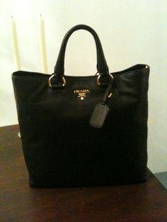 2013 latest prada handbags online outlet, cheap designer handbags online outlet, free shipping cheap prada handbags outlet, www.Batchwholesale com