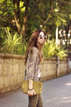 FashionCoolture - 30.11.2015 look du jour Gap denim military green Shoulder beaded coat (2)