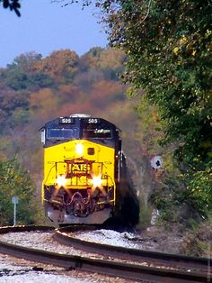 Iowa Interstate's CRIC03 climbs up the grade with Fall's foilage in the background near Paul's Crossing. 10/3/12