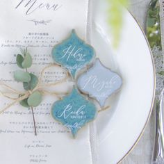 1歳のお誕生日のケーキトッパー販売 oneの文字トッパー | EYM Place Card Holders, Tableware, Wedding, Party Ideas, Paper, Lily Of The Valley, Valentines Day Weddings, Dinnerware, Tablewares
