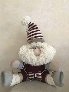 1 million+ Stunning Free Images to Use Anywhere Christmas Gnome, Scandinavian Christmas, Christmas Stockings, Christmas 2017, Christmas Craft Projects, Xmas Crafts, Pink Christmas Decorations, Holiday Decor, Scandinavian Gnomes