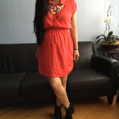 Forever 21 Dress Very cute dress color orange, perfect for spring and summer. In great used condition. Forever 21 Dresses