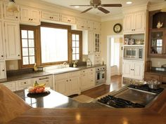 Amazing Kitchen Renovations : Kitchen Remodeling : HGTV Remodels