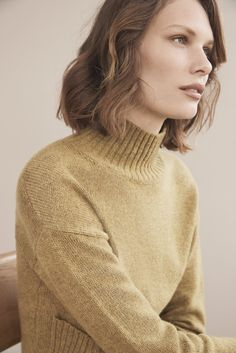 Warmth this way. It's time to embrace our ever so comfy woll-rich knits.