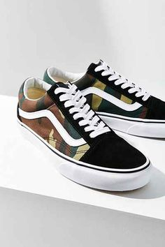 4aebd8c4a8a Vans   UO Camo Old Skool Sneaker