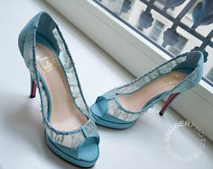 Lacy blue 'boutins