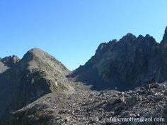 6 septembre 2009 Carte 25 000 IGN 3335 ET Le Bourg d'Oisans, l'Alpe d'Huez, Grandes Rousses. Les 7 laux Sur une idée lumineuse de Gaëlle, Emma se joint à nous pour faire ces 1400 mètres de dénivelée : (1386+120 mètres) Terrain d'aventure. 4 heures de...