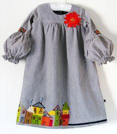 Boutique ROW HOUSE dress size girls 5 7 8-Woven ticking… {Ek soek een vir dogtertjies tussen 45-50!... minus die huisies...}