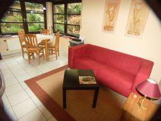 Unsere Unterkunft in Herten bietet mit 2 Einzelbetten in 2,5 Zimmern auf 35 m² Platz für 1-2 Personen. Eigenes Bad, Küche und TV. Rauchen und Tiere erlaubt.