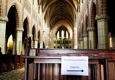 20-Jul-2014 14:33 - KERKEN STAAN STIL BIJ VLIEGRAMP. Veel kerken in Nederland hebben tijdens hun zondagdienst stilgestaan bij de ramp met de Boeing van Malaysia Airlines, die 193 Nederlanders het leven kostte.