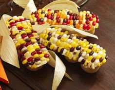 Such a fun cupcake decorating idea with Jelly Bellies! girls and their meals: Thanksgiving
