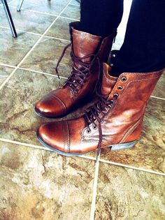 I tried these on yesterday and I think I need to go back and get them!