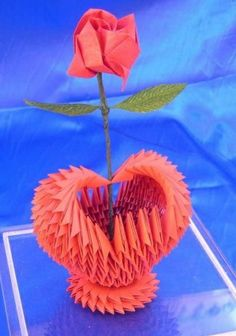 origami rigami - Heart Vase with Rose 3d Origami Heart, Origami Gift Box, Origami And Quilling, Origami And Kirigami, Paper Crafts Origami, Modular Origami, Origami Folding, Paper Butterflies, Paper Flowers