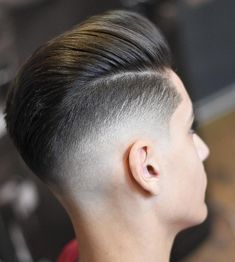 """12.4k Likes, 28 Comments - Best Men's Hairstyles and Cuts (@menshairs) on Instagram: """"💈Fresh and clean work! 📷: @bosnea_barber ——————————————————— Tag us in your pictures for a chance…"""""""