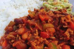 Chili con carne - Loontjekookt Week 5, Guacamole, Pork, Ethnic Recipes, Sweet, Chili Con Carne, Tomatoes, Kale Stir Fry, Candy