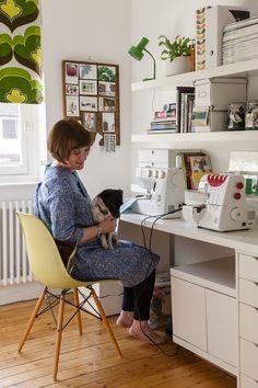 Sewing Room Design, Craft Room Design, Sewing Rooms, Studio Interior, Interior Design Living Room, Handmade Home Decor, Diy Home Decor, Kirkland Home Decor, Sewing Room Organization