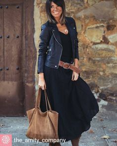 ❤@the_amity_company - @alicerisesup con falda, top y cinturón by Theamitycompany #influencer #itgirl #theamitycompany #Regrann Etiqueta tu estilo #tendenciafotomural #inspiración #estilismo #blogsdemoda