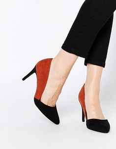 New Look Wide Fit Colour Block Heeled Court Shoe
