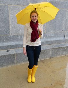 Hunter Boots Outfit, Wellies Rain Boots, Fashionable Snow Boots, Winter Outfits Women, Autumn Outfits, Leggings, Fashion Gallery, Rain Wear, Classic Outfits