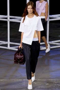 ALEXANDER WANG 14 Minimal fashion design style